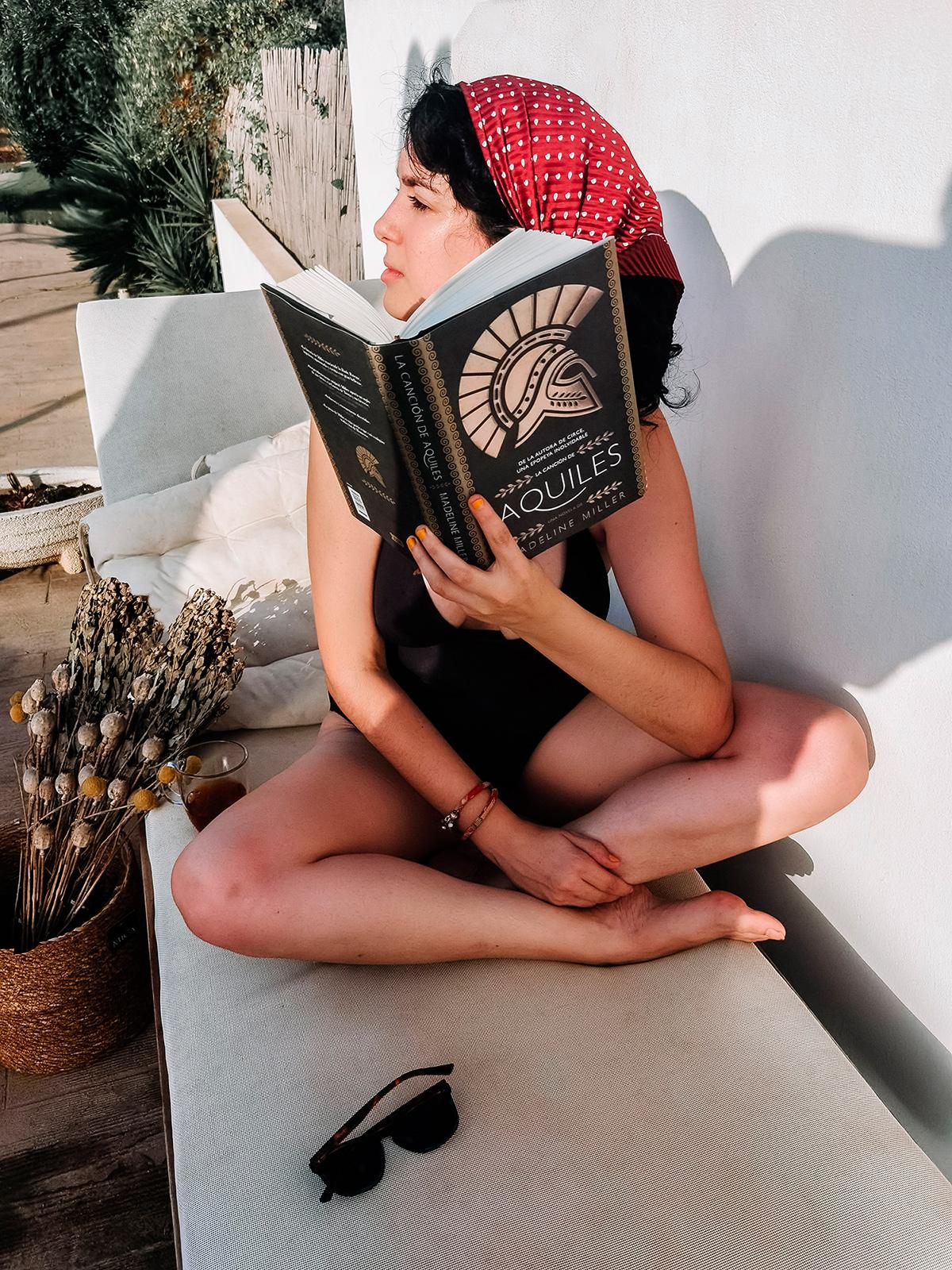 Fotografía de Ren de Momoko leyendo
